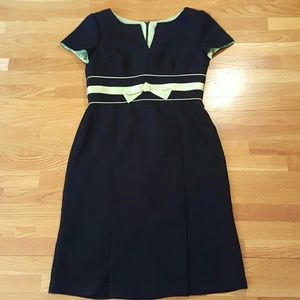 EUC Black w Pistachio Bow V Neck Sheath Dress 10P